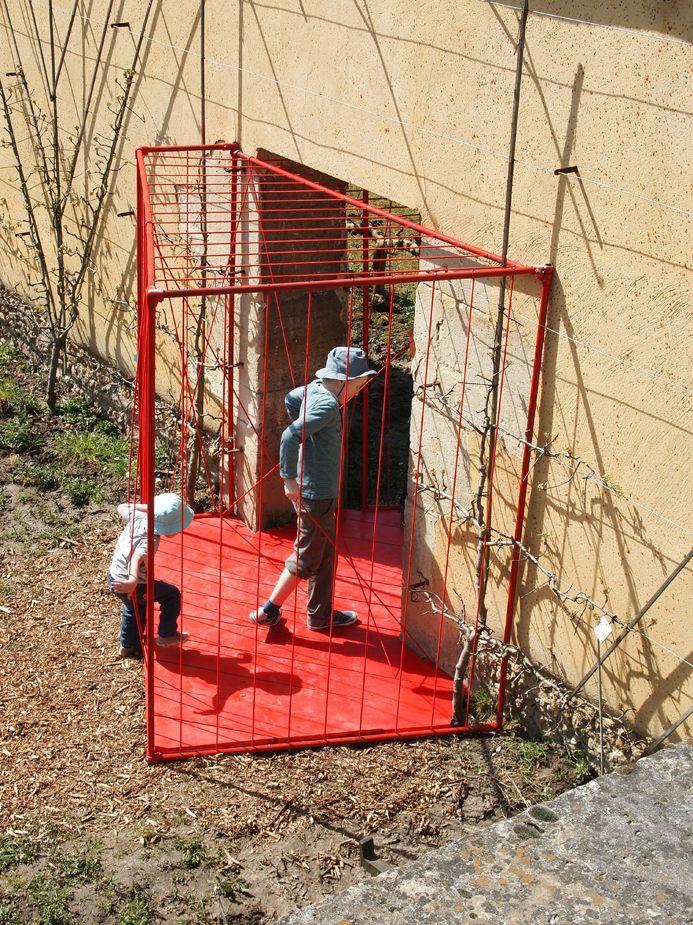 Stéphanie Buttier et Sophie Larger - Jungle cage © Colin Pitrat